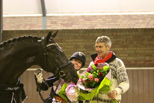 Winnaar Macrider met Coach Aat van Essen