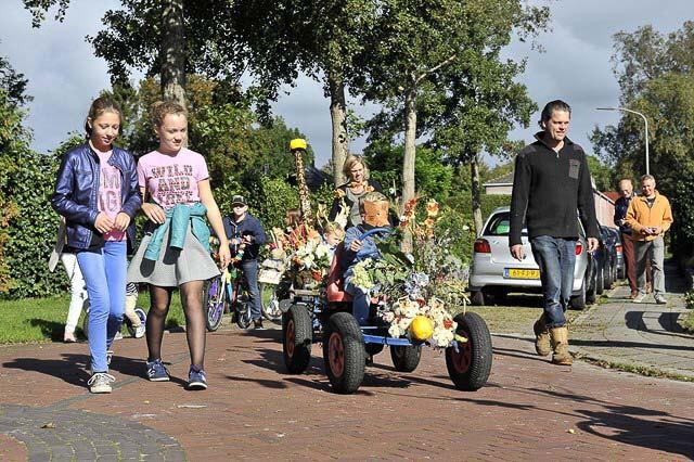 nietap mini parade 1