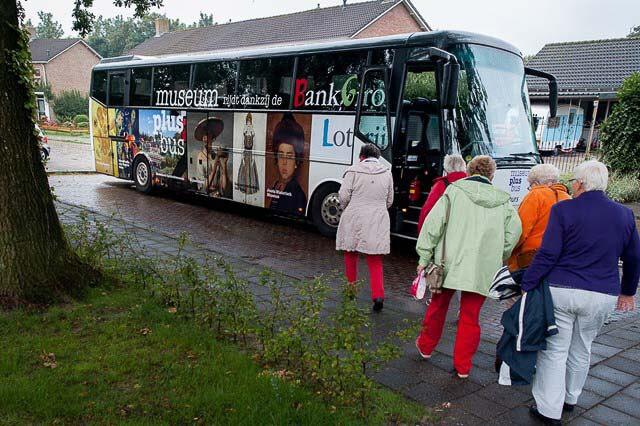 Nieuw Roden Museum Bus